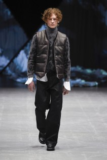 tonsure_look_14_2017_aw-733x1100