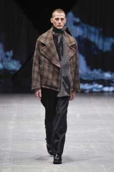 tonsure_look_15_2017_aw-733x1100