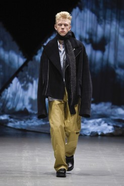 tonsure_look_17_2017_aw-733x1100