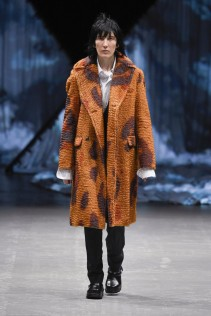 tonsure_look_1_2017_aw-733x1100